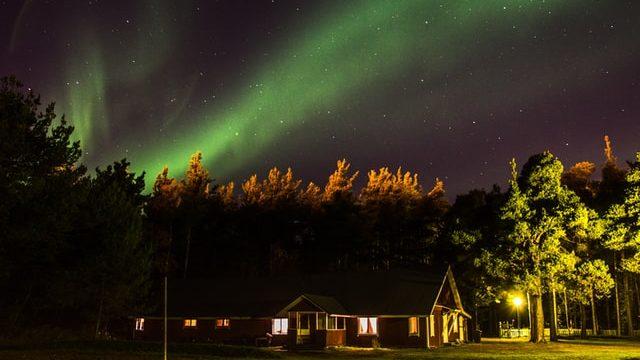 フィンランドで働いた夜に見えるオーロラ