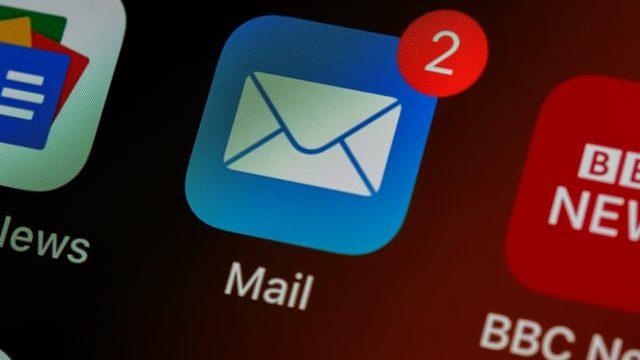 選考辞退をメールで伝えるイメージ