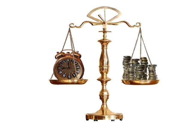 売り手市場と買い手市場のバランスイメージ